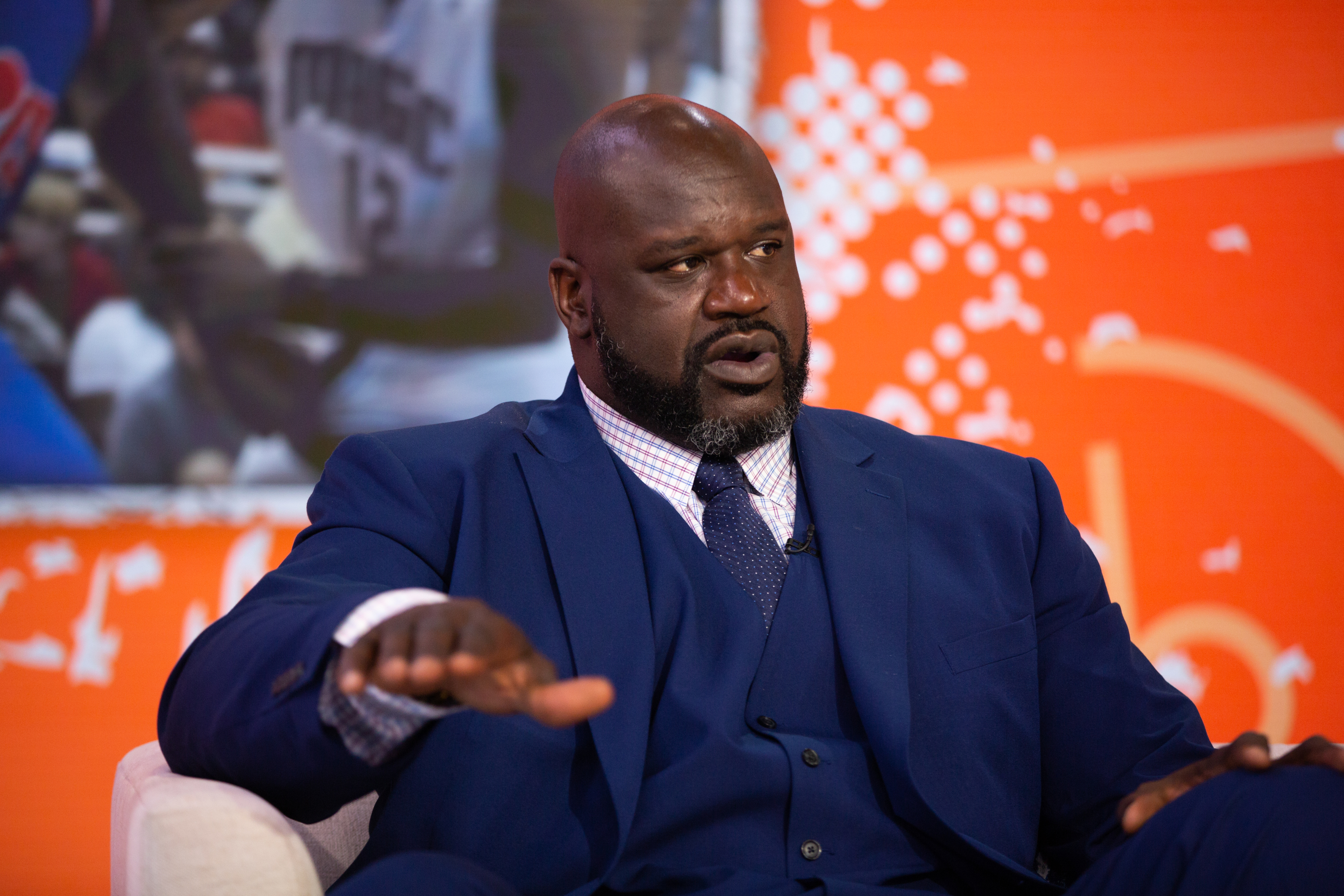 Los Angeles Lakers unveil Shaquille O'Neal's city jerseys, Twitter ...