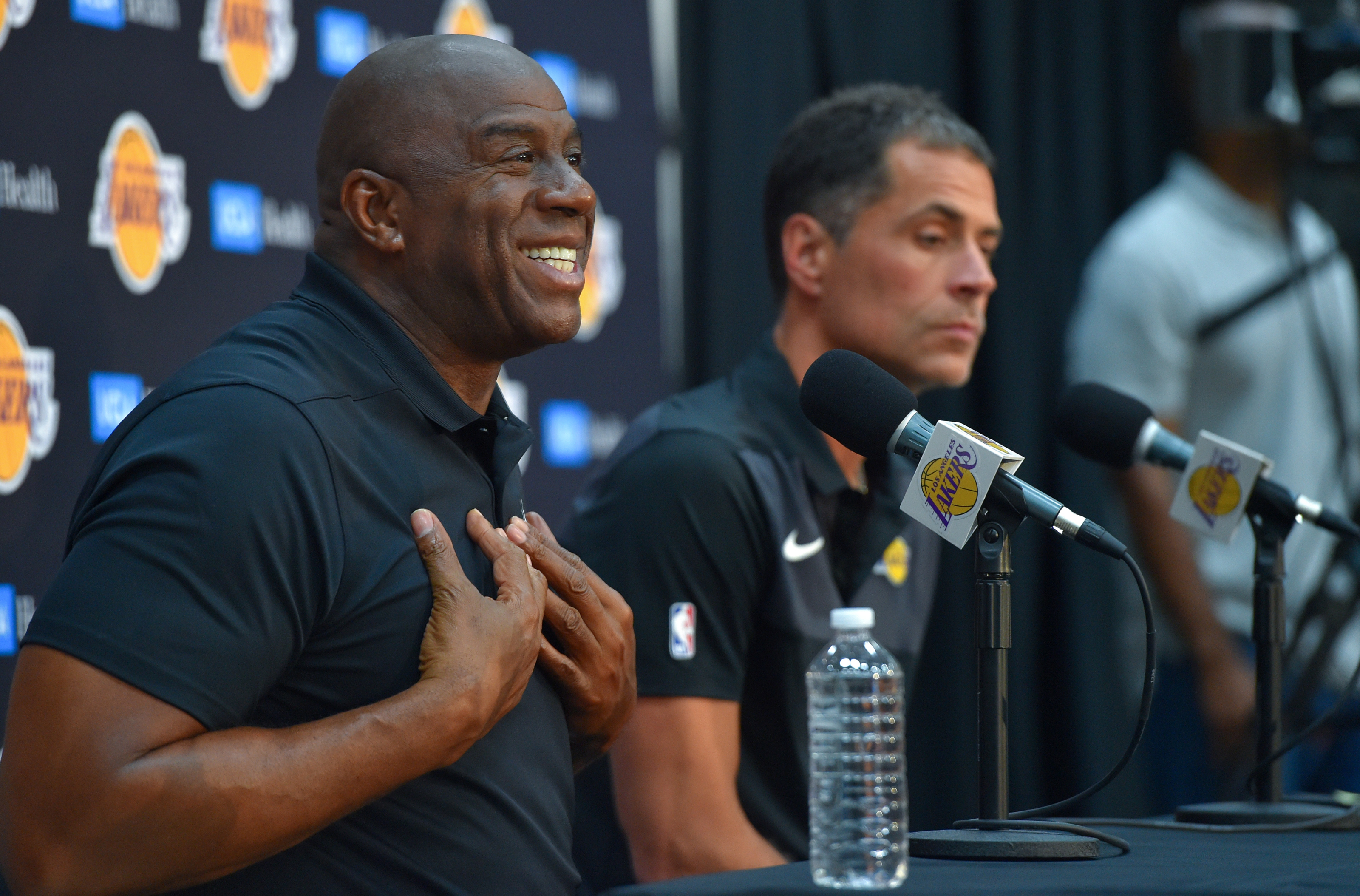Los Angeles Lakers: Magic Johnson believes Clippers have more depth