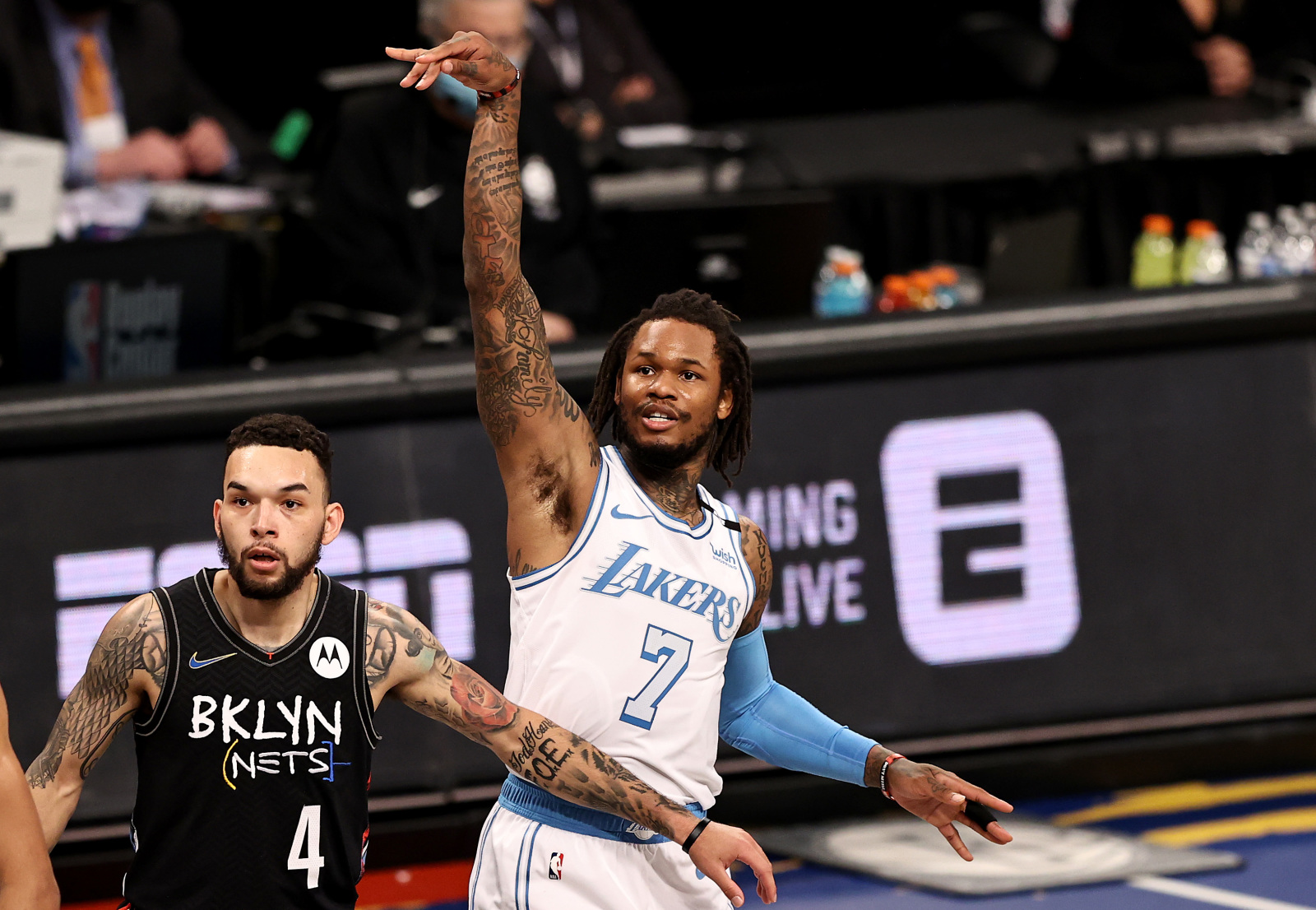 The Lakers are encouraging Ben McLemore to 'keep shooting'