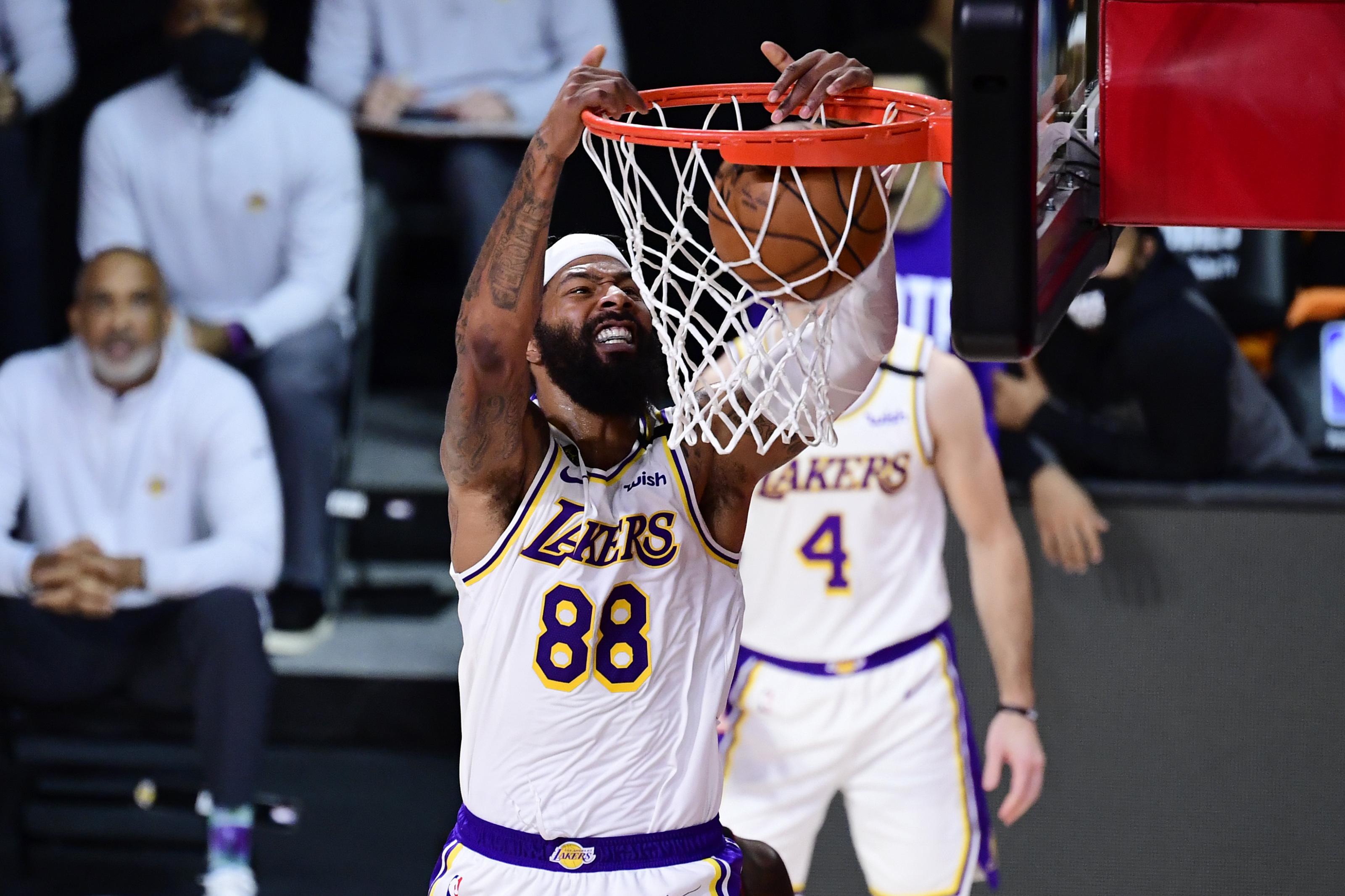 Los Angeles Lakers: 3 reasons why re-signing Markieff Morris is key