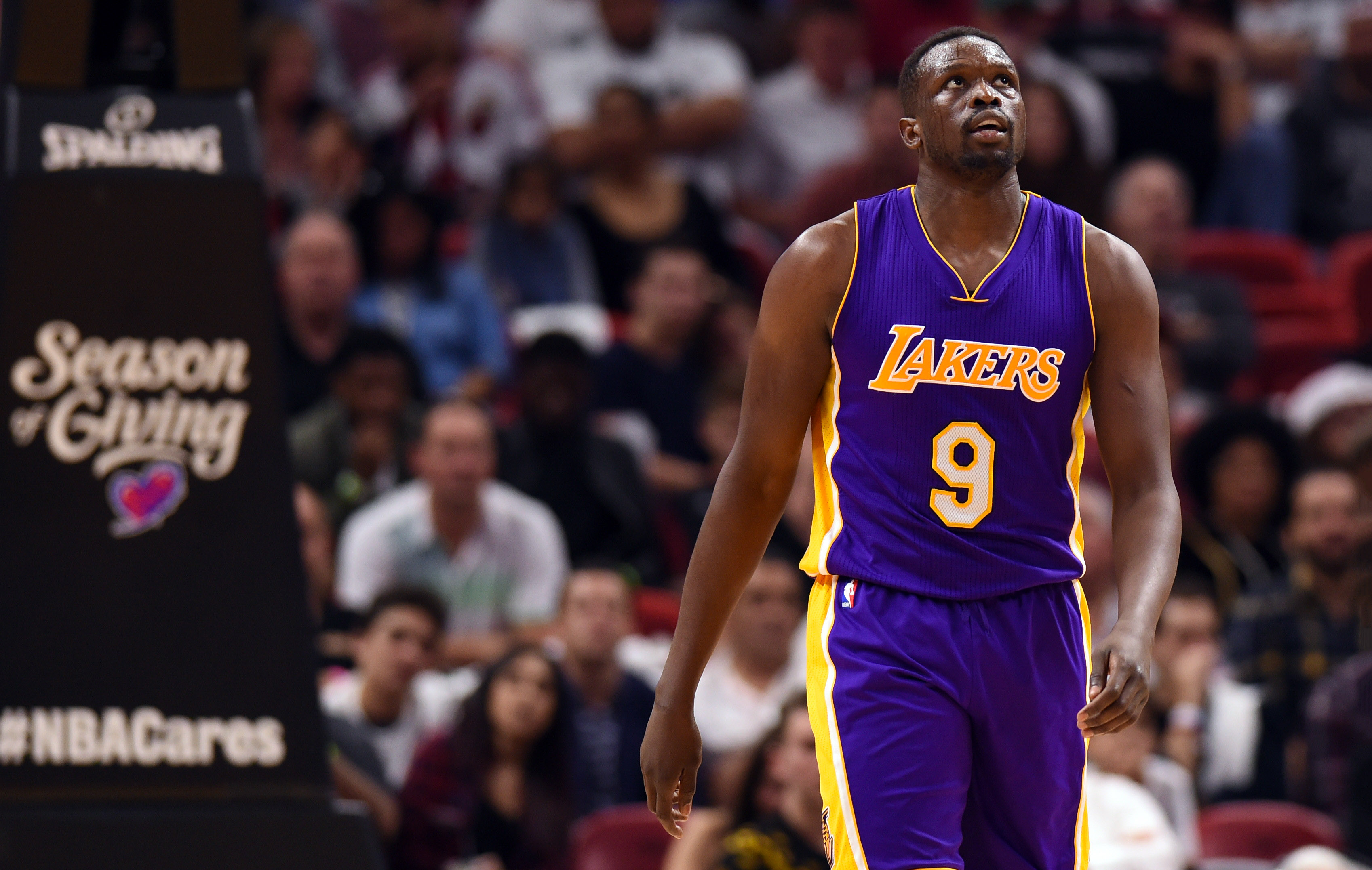 Lakers 3 Potential Landing Spots for Luol Deng