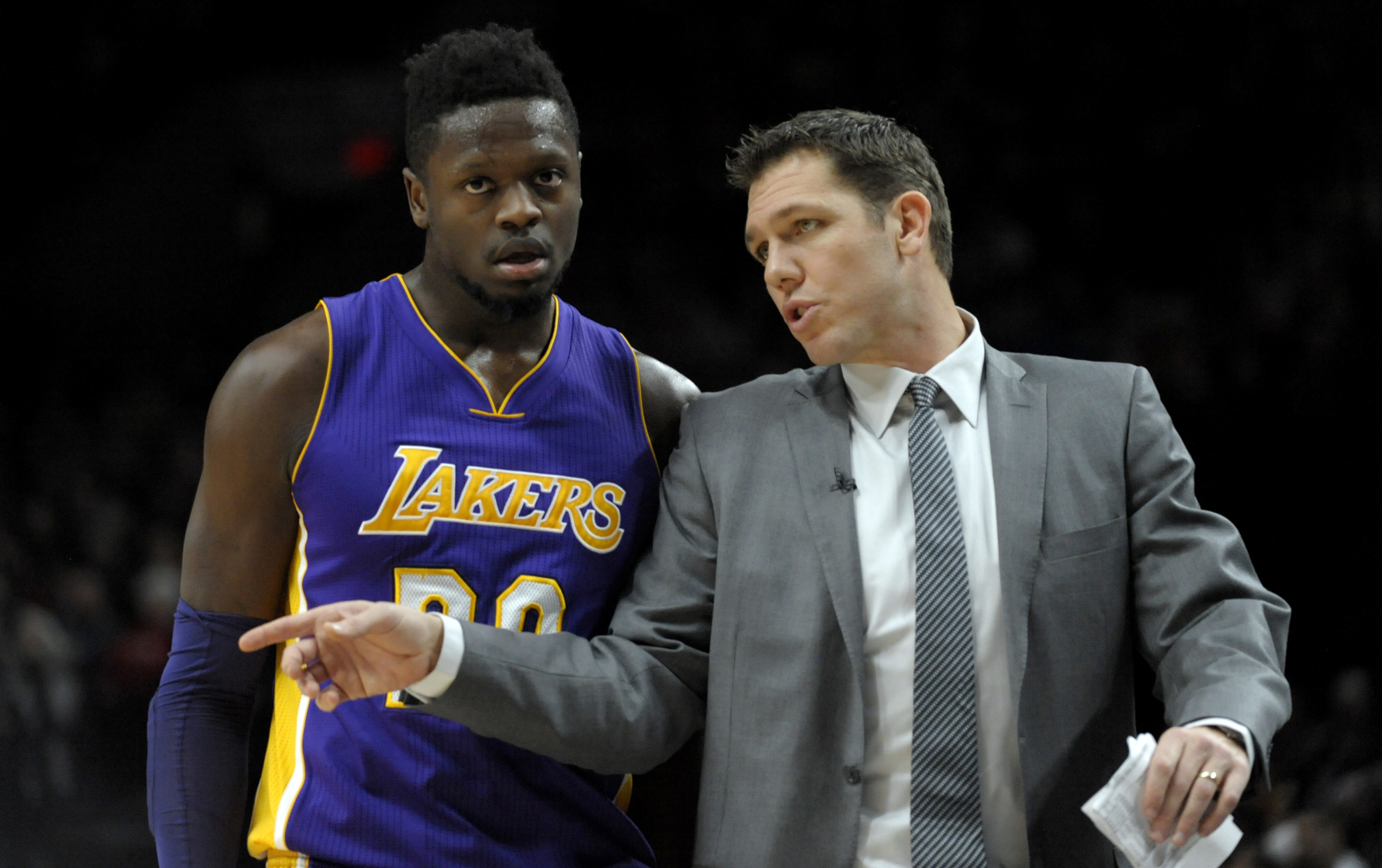 2489aef89 Lakers  3 Trade Deadline Targets at Power Forward